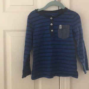 Carters toddler boy size 4T Henley in blue